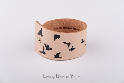 Жіночий шкіряний браслет LUY N. 9 DOVE - чорний